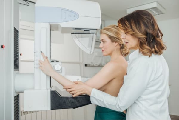Mammogram examination assisted by doctor